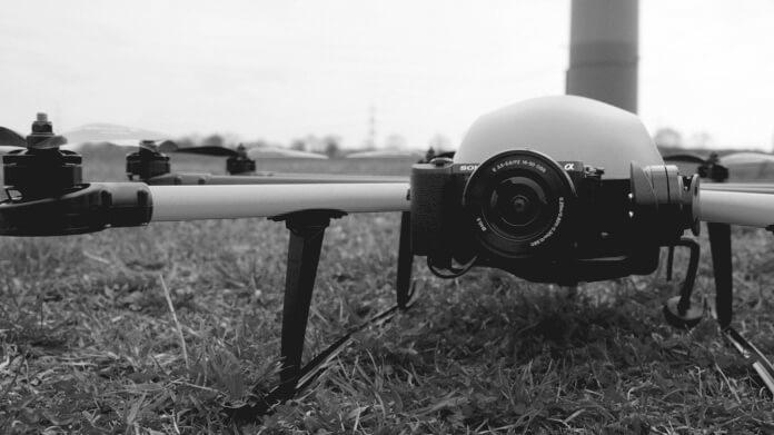 Multicopter INSPECTOR S vom Hersteller HEIGHT TECH in schwarzweiß
