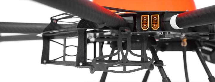 HEIGHT TECH HT-8 C180 Akkuschacht für zwei Akkus